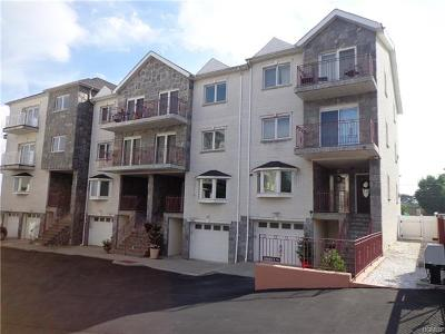 Bronx County Condo/Townhouse For Sale: 1 Angelas Place #1A