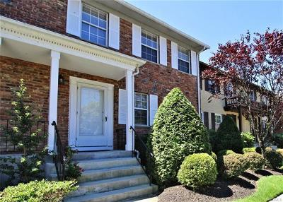 Rockland County Condo/Townhouse For Sale: 404 Pawnee Court