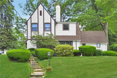 Westchester County Single Family Home For Sale: 160 Dellwood Road