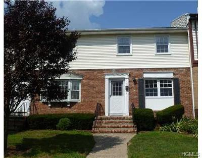 Rockland County Condo/Townhouse For Sale: 4 Somerset Drive #A