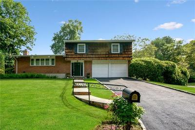 New Rochelle Single Family Home For Sale: 4 Hunt Path