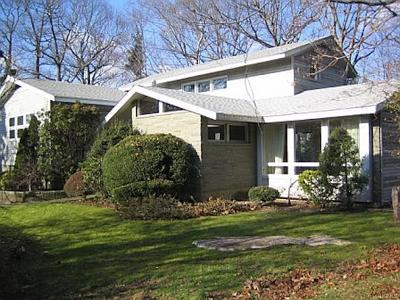 New Rochelle Rental For Rent: 17 Andrea Court