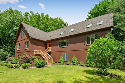 Cortlandt Manor Single Family Home For Sale: 634 Cardinal Road