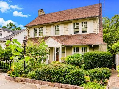 Westchester County Single Family Home For Sale: 71 Holls Terrace West