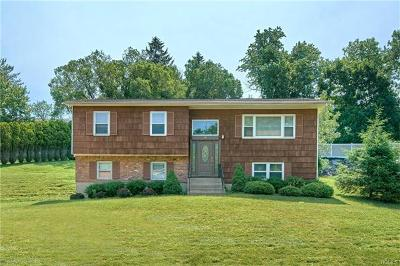 Single Family Home For Sale: 5 Creekview Drive