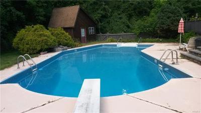 Monroe Single Family Home For Sale: 15 Julien Court