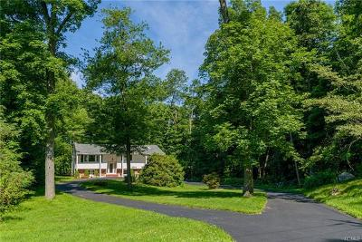 Connecticut Single Family Home For Sale: 19 Jewel Lane