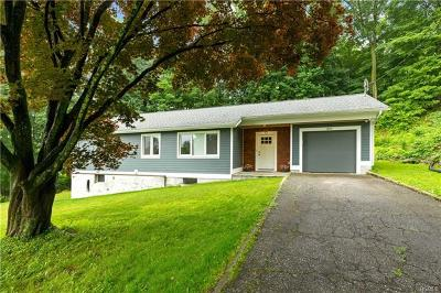 Yorktown Heights Single Family Home For Sale: 1840 Allan Court