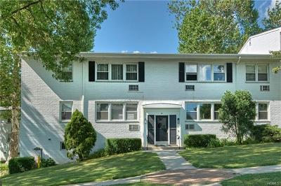 Rye Brook Condo/Townhouse For Sale: 90 Avon Circle #A