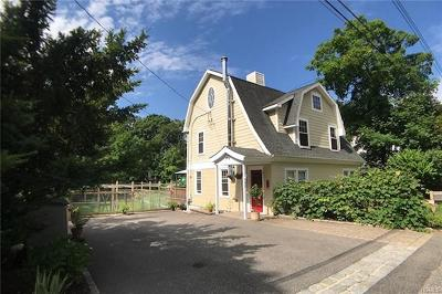 Chappaqua Single Family Home For Sale: 92 Ridgewood Terrace