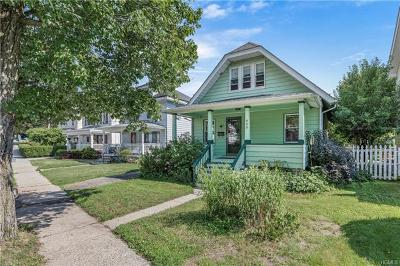 Westchester County Single Family Home For Sale: 959 Pemart Avenue