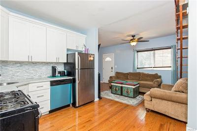 Bronx Single Family Home For Sale: 1505 Bayview Avenue