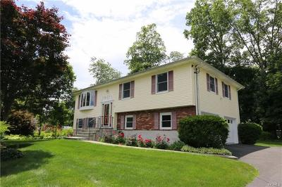 Westchester County Single Family Home For Sale: 1 Orchard Court