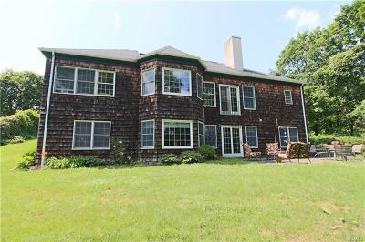 Westchester County Single Family Home For Sale: 37 Post Lane
