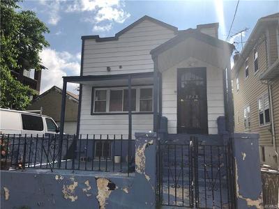 Bronx Single Family Home For Sale: 2762 Hone Avenue