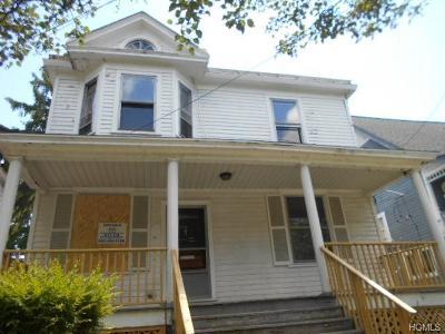 Dutchess County Single Family Home For Sale: 91 Garden Street