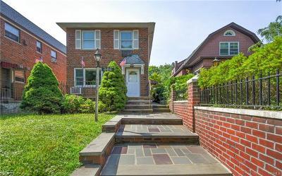 Bronx Single Family Home For Sale: 4414 East Van Cortlandt Park