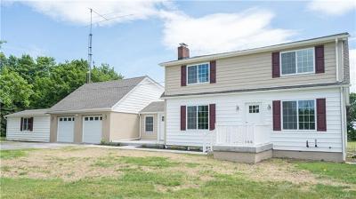 Newburgh Single Family Home For Sale: 67 Leslie Road