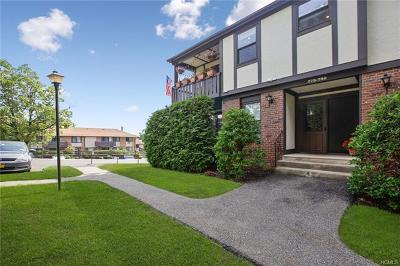 Valley Cottage Condo/Townhouse For Sale: 778 Sierra Vista Lane
