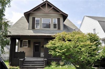 Middletown Single Family Home For Sale: 73 Wallkill Avenue