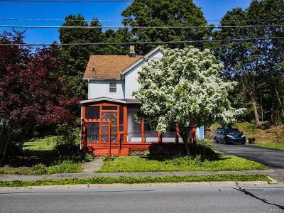 Otisville Single Family Home For Sale: 40 Highland Avenue