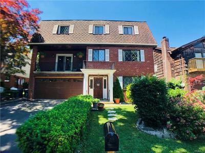 Bronxville Single Family Home For Sale: 17 Rossmore Avenue