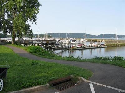 Croton-On-Hudson Condo/Townhouse For Sale: B17 Half Moon Bay Drive