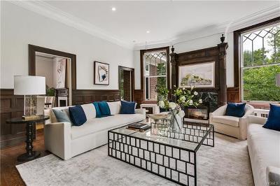 New Rochelle Single Family Home For Sale: 15 Calton Lane