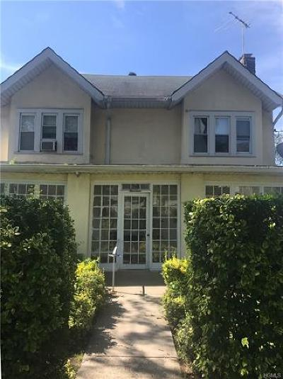 Westchester County Single Family Home For Sale: 14 Chester Street