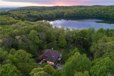 Connecticut Single Family Home For Sale: 258 West Mountain Road