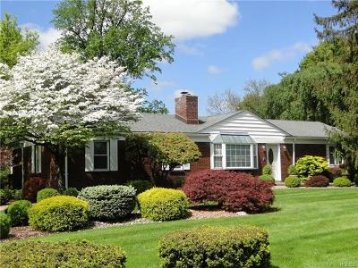 New Windsor Single Family Home For Sale: 48 Willow Parkway