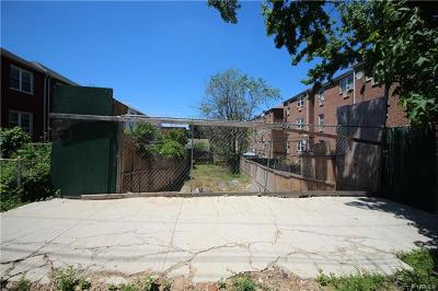 Bronx Residential Lots & Land For Sale: 3011 Schley Avenue