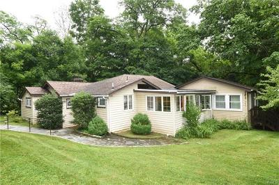 Croton-On-Hudson Single Family Home For Sale: 8 Mountain Trail