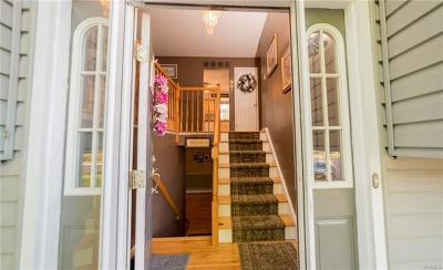 Single Family Home For Sale: 22 Eakman Drive
