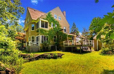 New Rochelle Single Family Home For Sale: 4 Manhattan Avenue