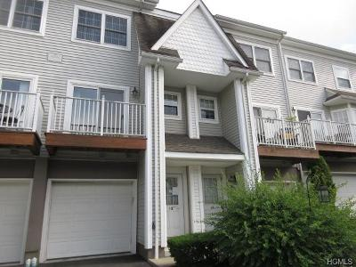 Pomona Condo/Townhouse For Sale: 12 Crystal Hill Drive