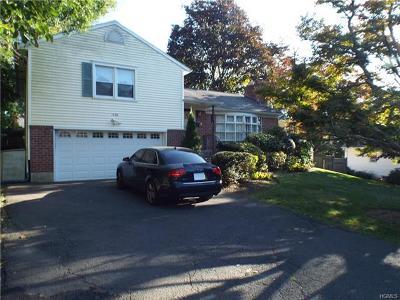 White Plains Single Family Home For Sale: 115 Shirley Lane