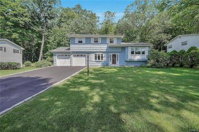 Cortlandt Manor Single Family Home For Sale: 559 Westbrook Drive