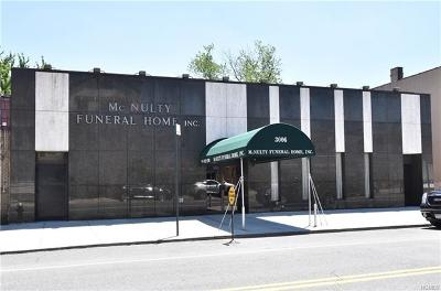 Bronx County Commercial For Sale: 3006 Middletown Road