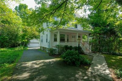 Chappaqua Single Family Home For Sale: 9 Ridgewood Terrace