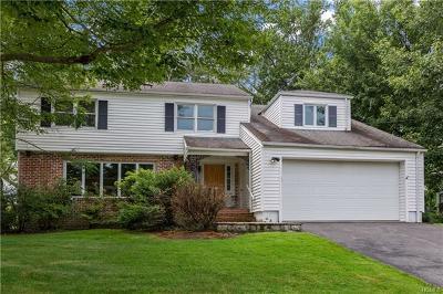 White Plains Single Family Home For Sale: 142 Ralph Avenue
