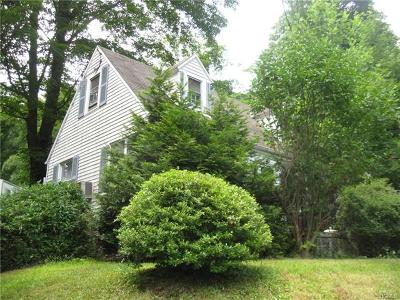 Westchester County Single Family Home For Sale: 121 Daisy Drive