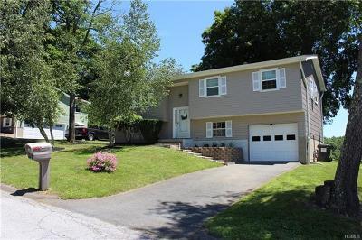 Walden Single Family Home For Sale: 6 Windrift Lane