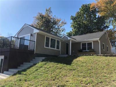 Pearl River Single Family Home For Sale: 25 Staubitz Avenue
