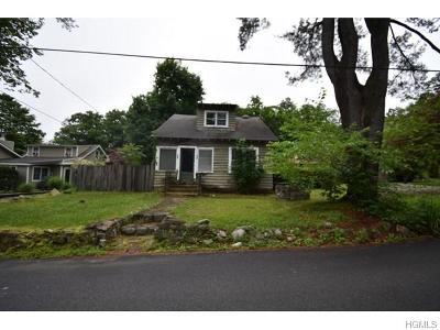 Greenwood Lake Single Family Home For Sale: 13 Wah Ta Wah Drive