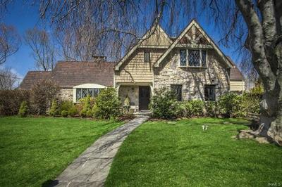 Scarsdale Single Family Home For Sale: 9 Wildwood Road