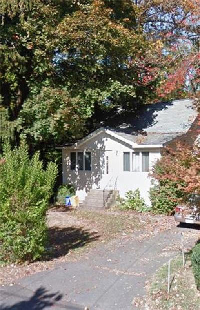 Single Family Home For Sale: 7 Locust Street