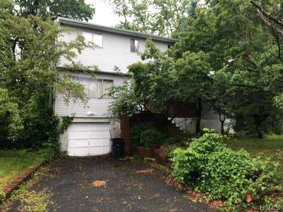 White Plains Single Family Home For Sale: 54 Summit Street