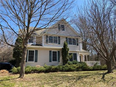 Warwick Single Family Home For Sale: 33 Southwyck Lane