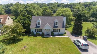 Walden Single Family Home For Sale: 22 Hidden View Drive